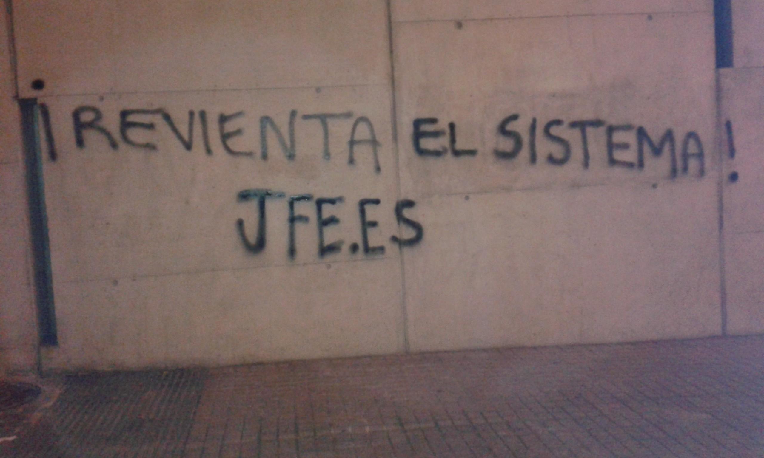 Nosotros somos los verdaderos anti sistema: Las JFE, en las calles de la Ciudad Condal
