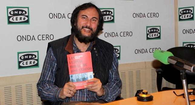 """José María Zavala presentó """"Las últimas horas de José Antonio"""" en el programa """"Herrera en la Onda"""""""