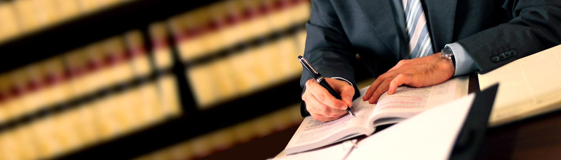 Asistencia gratuita de los Servicios Jurídicos de La Falange