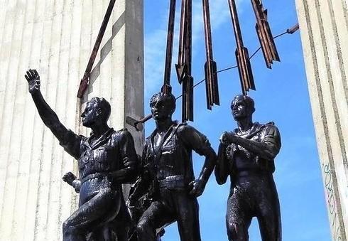 Ante el inminente derribo del monumento a Onésimo Redondo en Valladolid