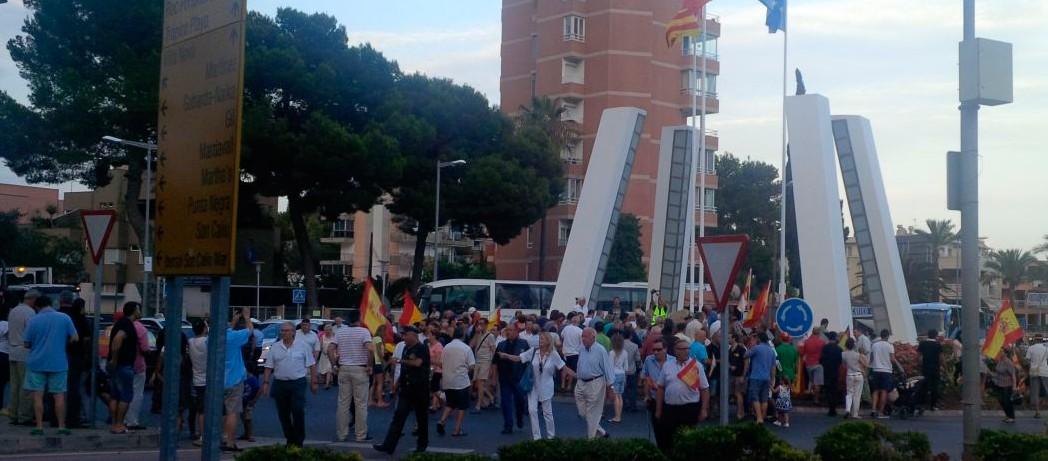 Concentración homenaje a las víctimas de ETA en Islas Baleares.