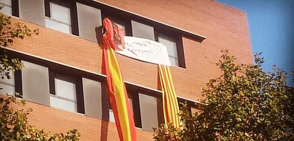 """Audio de la entrevista en """"Una Hora en Libertad"""" a uno de nuestros militantes por la acción del 11S en Barcelona"""