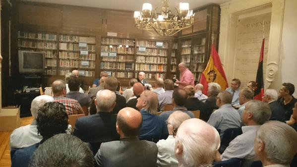 """Presentación de """"Barras y Flechas"""" (Historia de La Falange en Cataluña) en la Hermandad de la Vieja Guardia"""