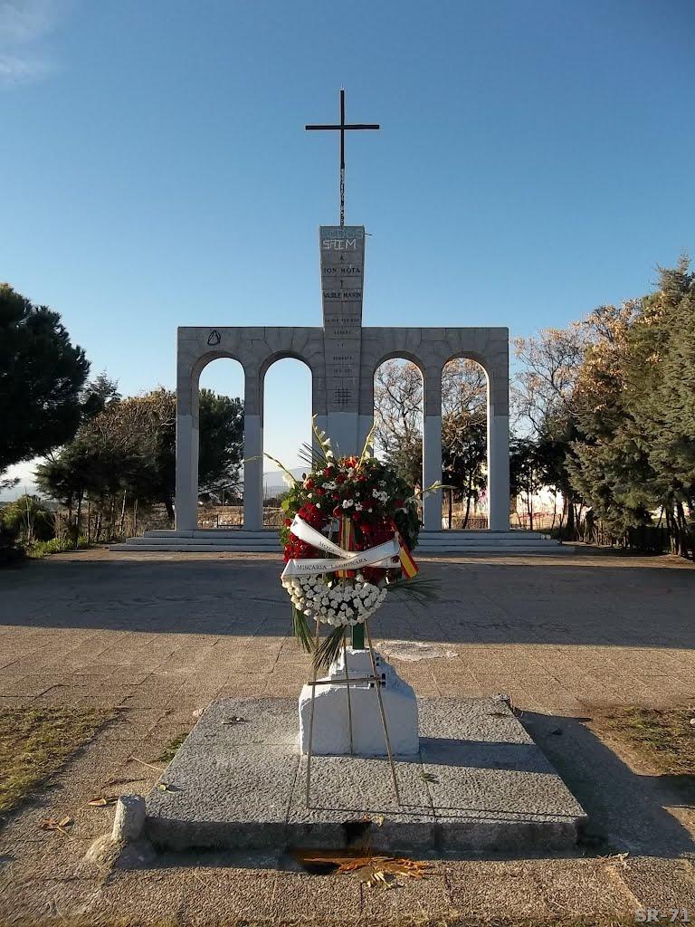 En defensa del monumento de Majadahonda en honor a Ion Mota y Vasile Marin