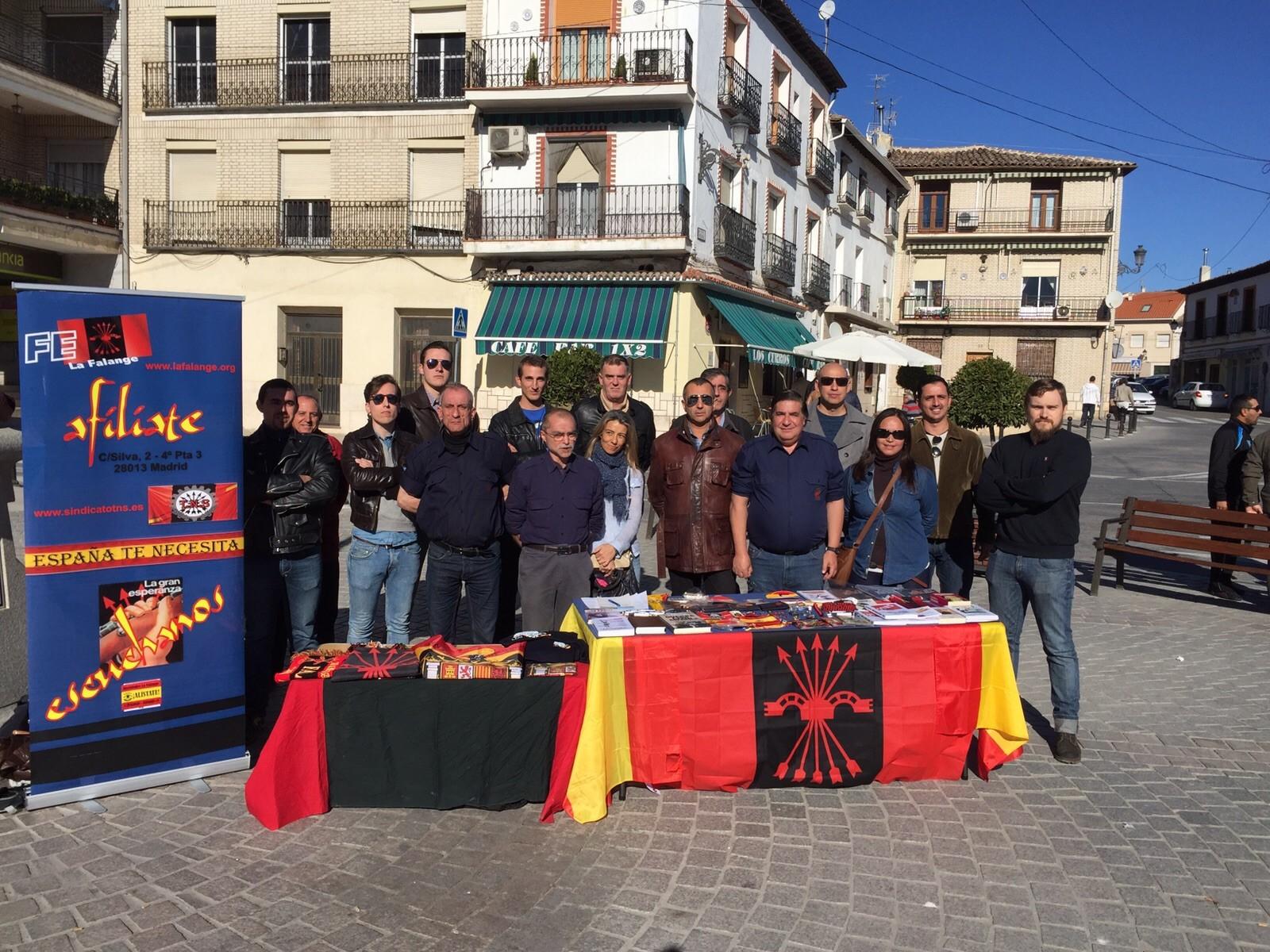 Puesto de propaganda en Morata de Tajuña y visita a la sede comarcal de Falange Española