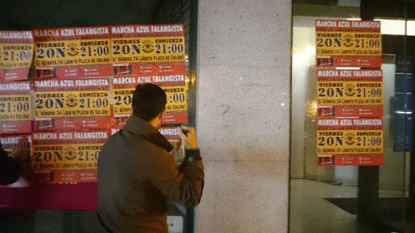 Campaña de carteles anunciando los Actos del 20N y colocación de puestos informativos en varias localidades