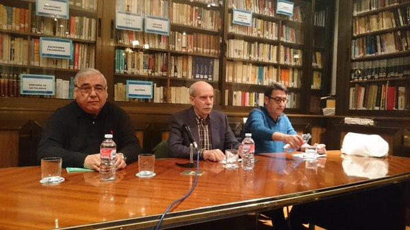 """Pío Moa presentó en la Hermandad Nacional de la Vieja Guardia, su última novela, """"Sonaron gritos y golpes a la puerta"""""""