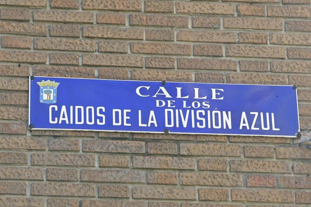 Manifiesto entregado a Carmena para que mantenga la calle Caídos de la División Azul