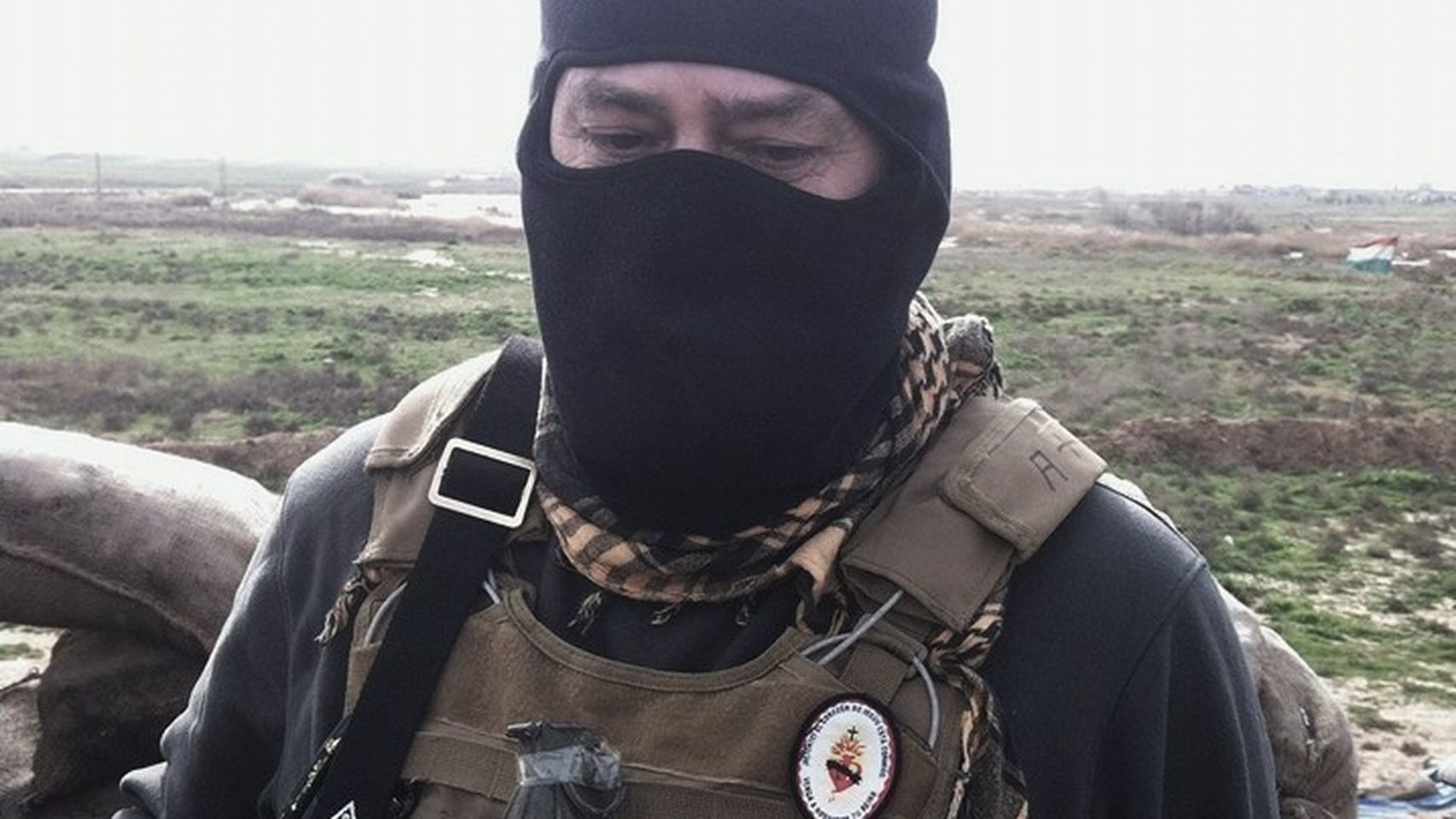 Un legionario y un boina verde españoles, voluntarios en el frente contra el Daesh