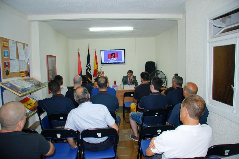 """""""El peligro del Islam"""". Conferencia en la Sede de La Falange en Alicante"""