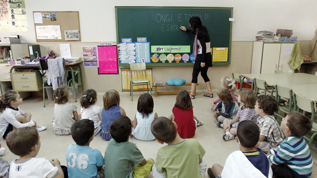 El resultado de ceder la competencia de educación al miserable separatismo