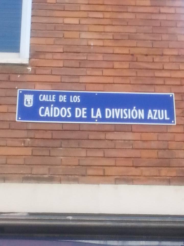 Reposición de la calle a los Caídos de la División Azul