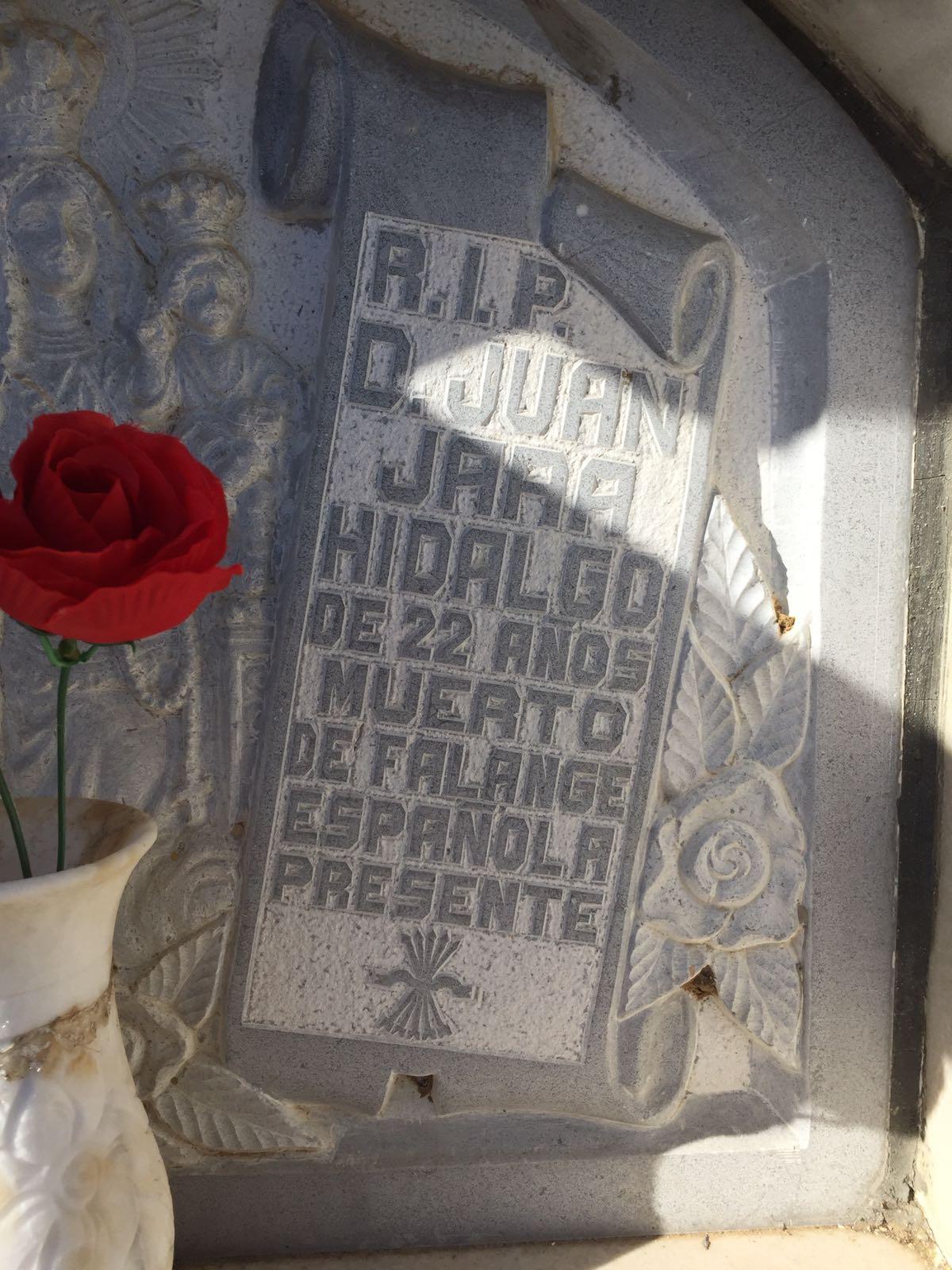 Visita histórica a La Falange de Don Benito.