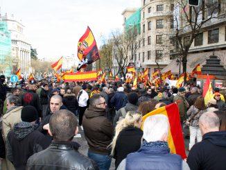 Manifestacion La Falange Blanquerna Absolucion