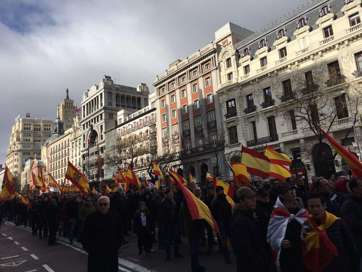 Vídeos de la manifestación y discursos por la absolución de los 14 patriotas de Blanquerna