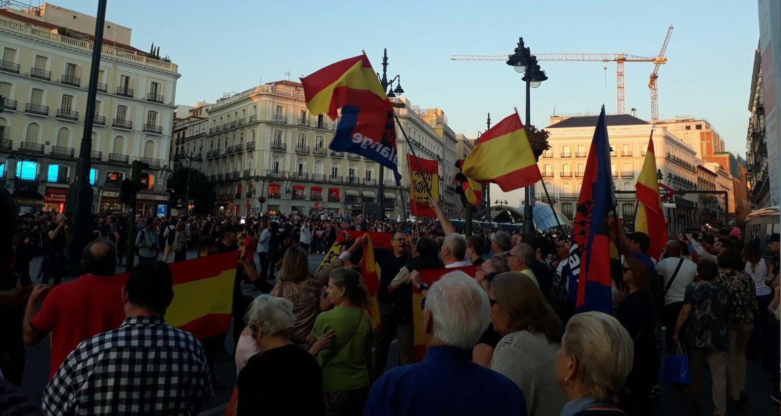 En la Puerta del Sol contra los cómplices del separatismo