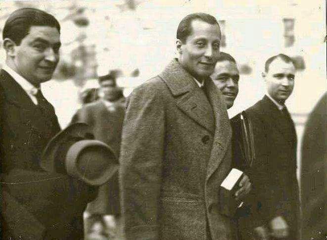 Acto de homenaje y tradicional rezo del rosario por José Antonio Primo de Rivera