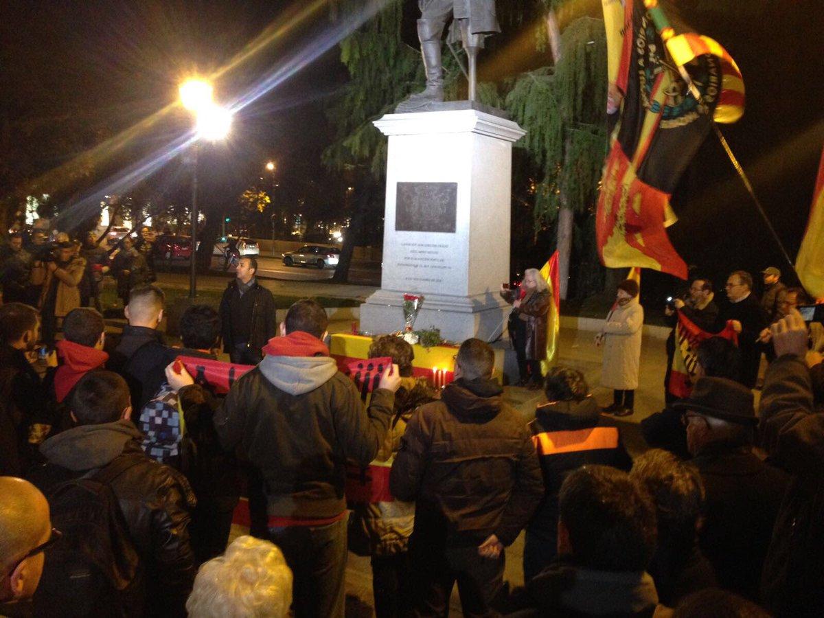 Homenaje al camarada asesinado Víctor Laínez