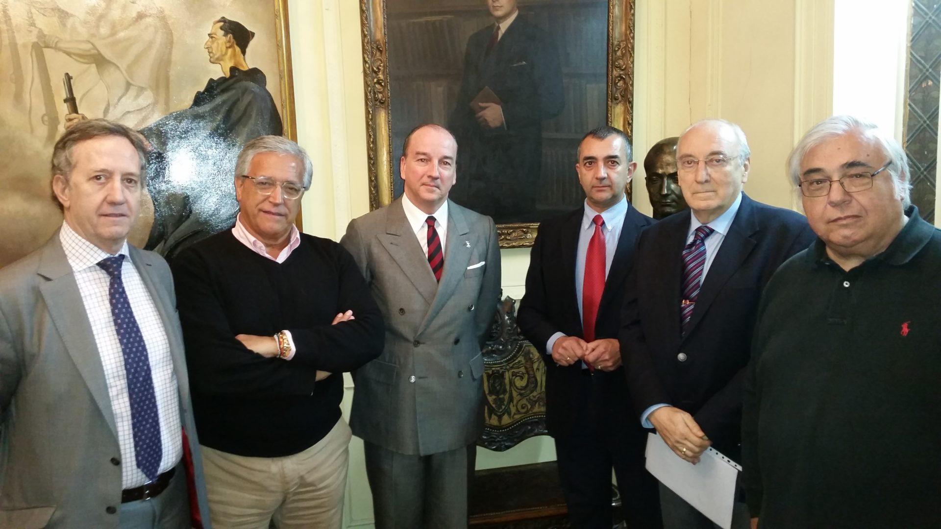 Emocionante conferencia de Luis Felipe Utrera