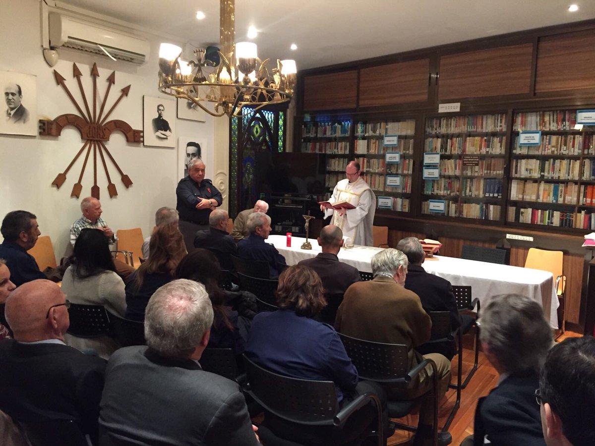 Conmemoración en Vieja Guardia por el nacimiento de José Antonio Primo de Rivera