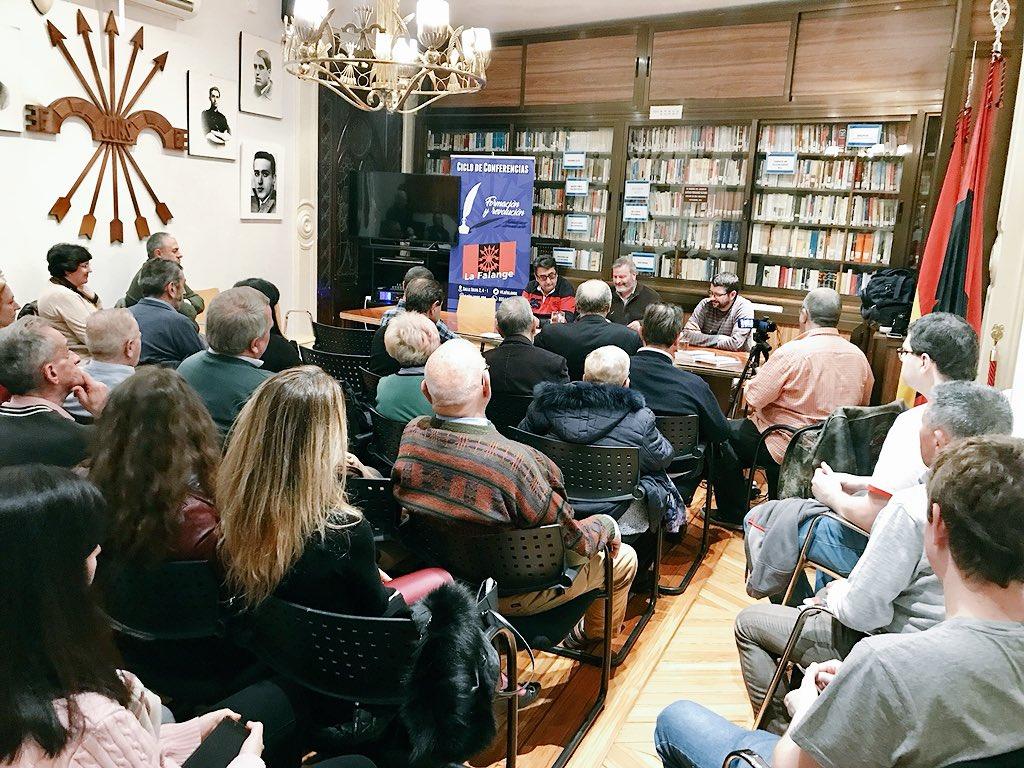 """Vídeo del último viernes cultural: """"Publicaciones para un Frente Cultural"""" por Juan Antonio Llopart"""