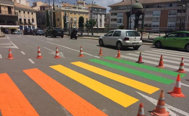 Contra el adoctrinamiento en Totana (Murcia). La Falange es movimiento