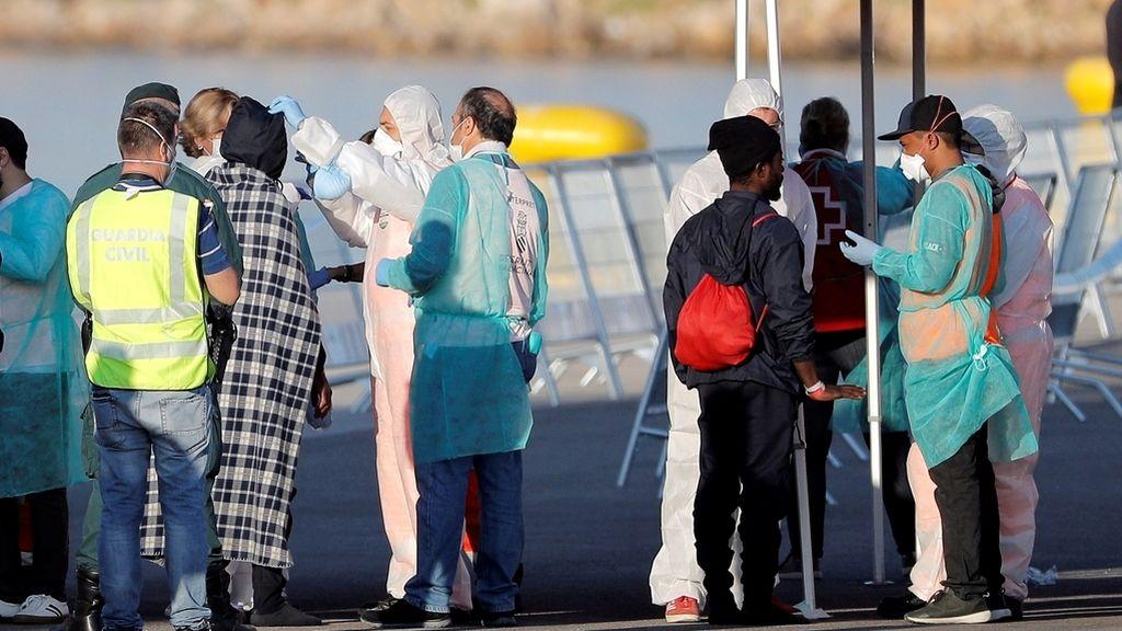 ¿Está de acuerdo con las medidas de Pedro Sánchez respecto a la inmigración? Responde Jesús Muñoz en radio Inter