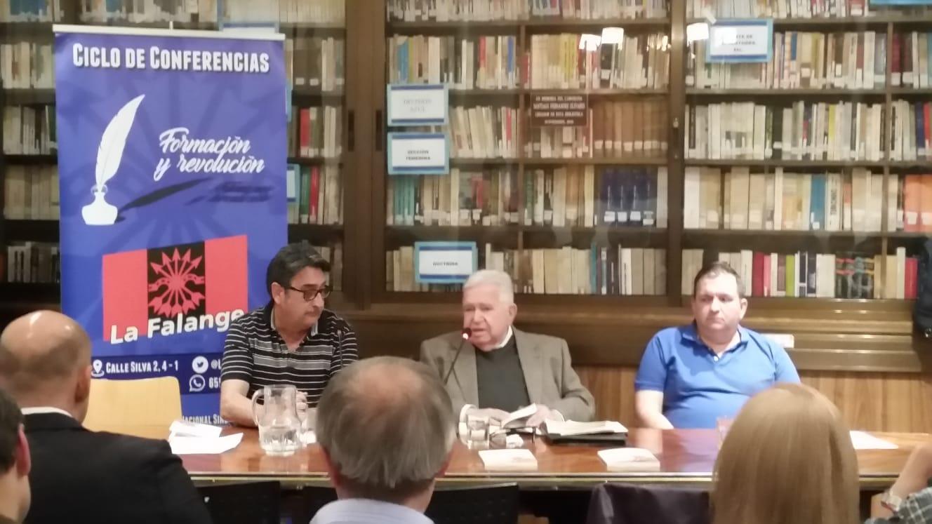 Vídeo de la conferencia sobre la Constitución a cargo de Salvador Smith