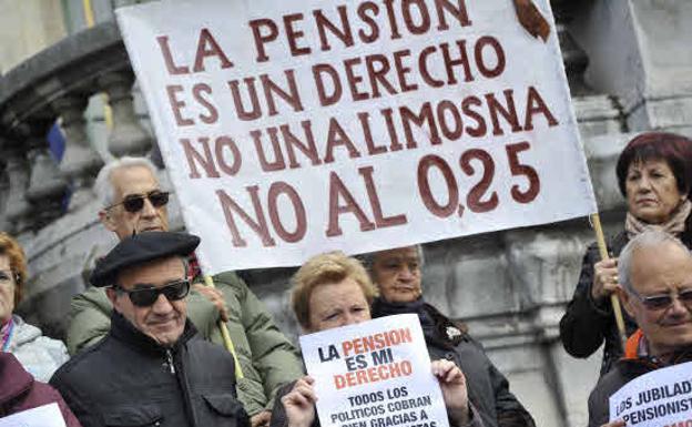 """""""Más sobre las pensiones"""" por Carlos Rodríguez"""