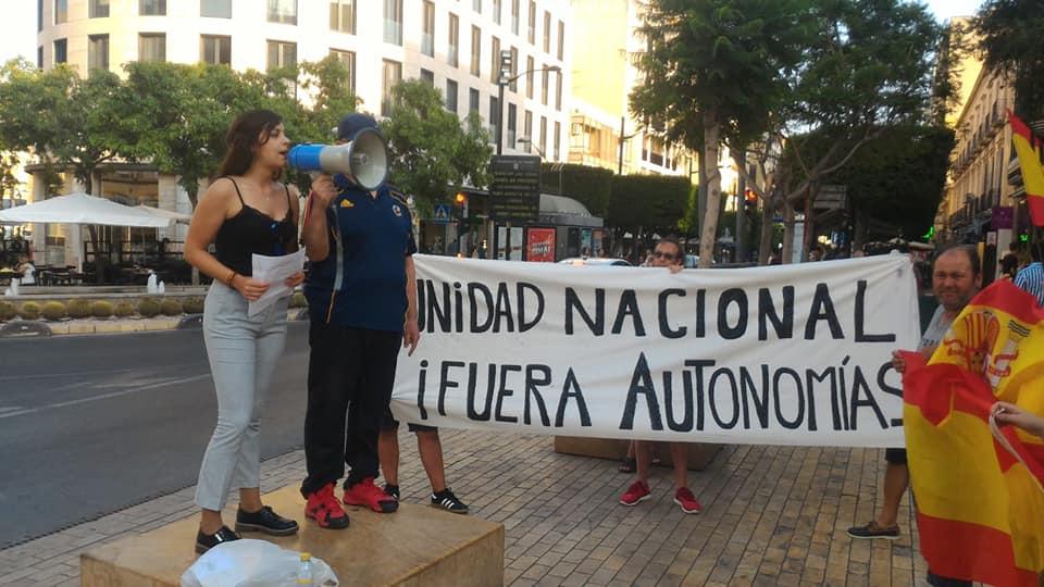 La Falange de Almería en continuo movimiento