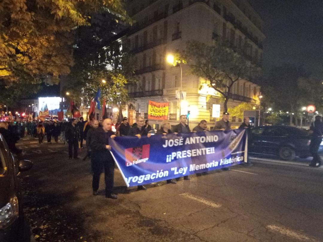 Acto, manifestación y marcha de la Corona en memoria de José Antonio (Vídeo)