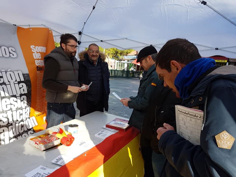 Nuevo puesto informativo de ADÑ en la Prosperidad (Madrid)