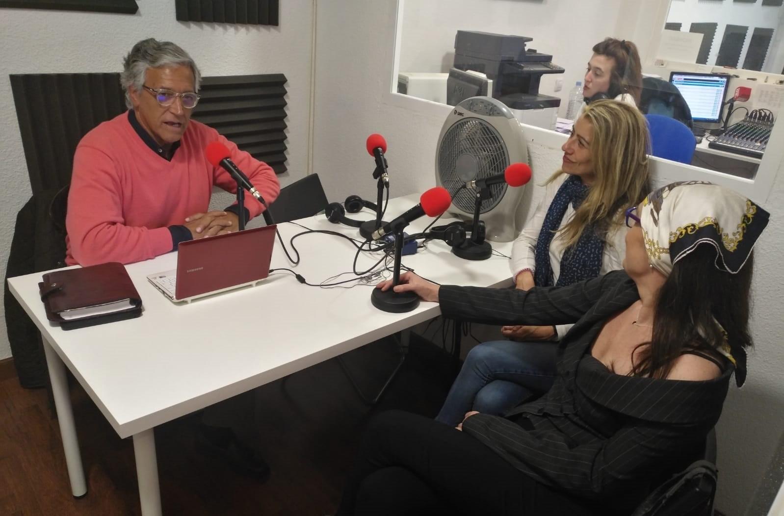 """""""La Hora del CAFÉ"""" con Chía, Begoña del Arco y Manuel Andrino"""