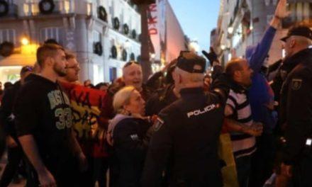 La Falange, SEU y JFE plantaron cara al separatismo terrorista en la Puerta del Sol