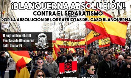 Concentración y protesta frente a la librería Blanquerna